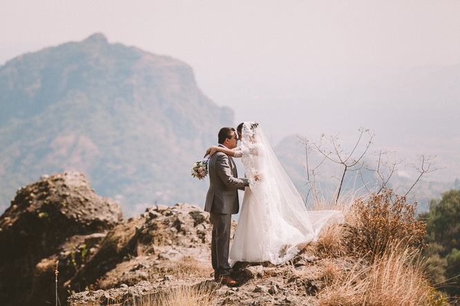 Luis Etty Mexico Mountaintop Elopement Wedding Photographer